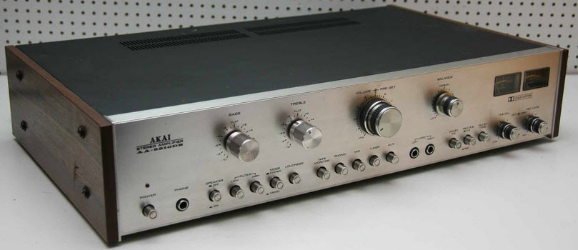 AKAI AA-5210DB ME DOLBY AMPLIFIER ΕΝΙΣΧΥΤΗΣ silver wood - MINT