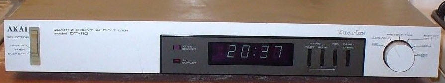 *sold AUDIO TIMER AKAI DT-110 silver