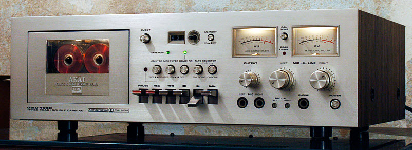 *sold TAPE RECORDER DECK AKAI GXC-740D silver wood