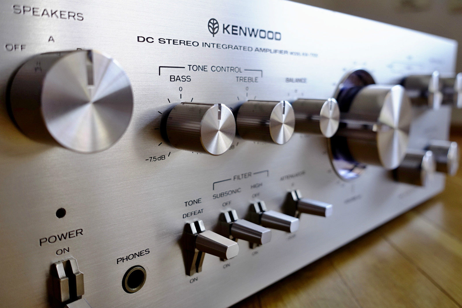 ΕΝΙΣΧΥΤΗΣ KENWOOD KA-7100 AMPLIFIER silver
