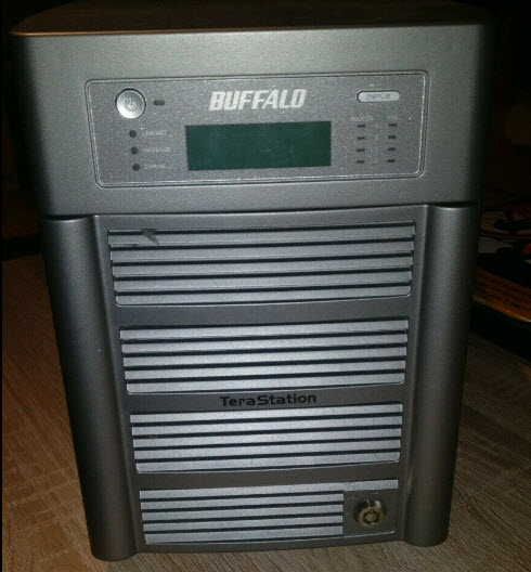 NAS BUFFALO TERASTATION HS-DHTGL R5 4bays - TESTED & UPDATED - READY TO RUN