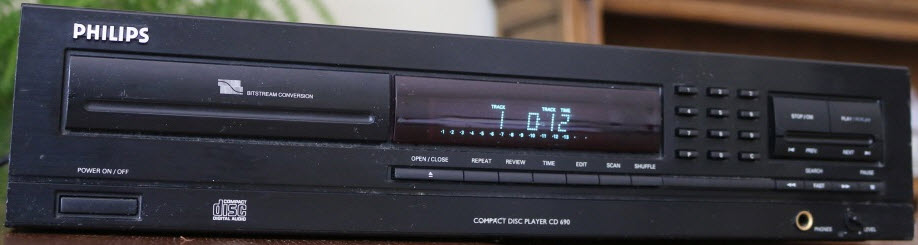 * CD PLAYER PHILIPS CD690 black COAXIAL OUT - MINT