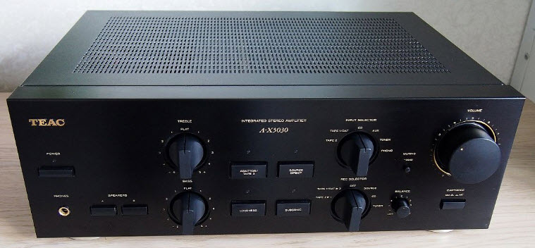 ΕΝΙΣΧΥΤΗΣ TEAC A-X5030 AMPLIFIER black