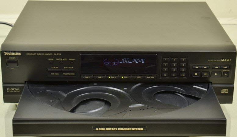 * TECHNICS SL-PD8 CD PLAYER 5 DISCS CHANGER OPTICAL OUT - black  πενταπλο